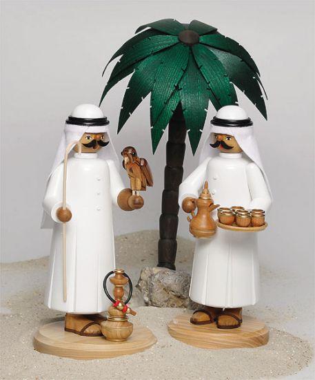 Araber mit Falke und Shisha