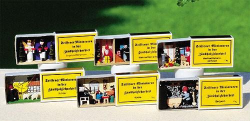Miniatur in der Zündholzschachtel - Weihnachtsmannwerkstatt