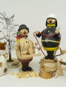 Räuchermann Max als Weihnachtsmarktverkäufer