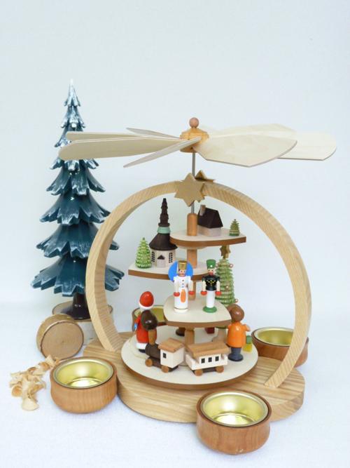 Stufenpyramide  Weihnachtsmann, bunt, für Teelichter