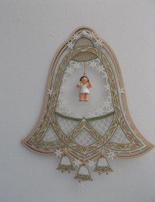 Fensterbild, Plauener Spitze, Glocke im Rahmen ** Neu 2016 **
