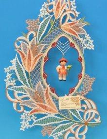 Fensterbild, Plauener Spitze, Lilie bunt mit Blumenmädchen ** Neu 2016 **