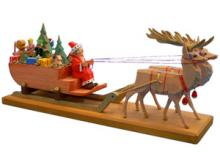 Weihnachtsmann mit großem Schlitten