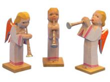 Engel Trio im langen Kleid