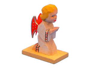 Engel betend auf den Knien