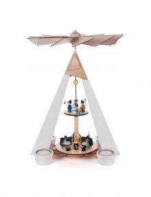 Teelichtpyramide mit Winterdorf und Kurrendensängern