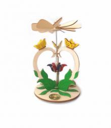 Frühlingspyramide Schmetterling