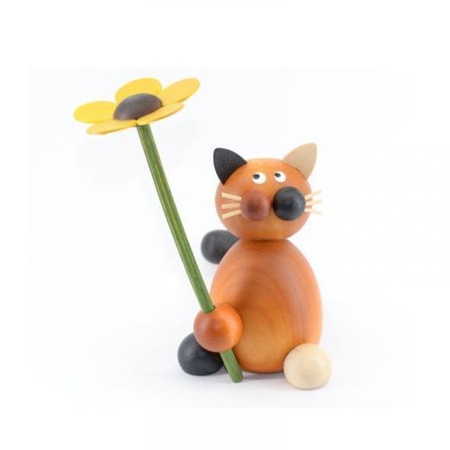 Glückskatze Lilli mit Blume