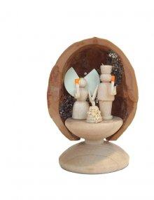 Miniatur Engel und Bergmann in Walnussschale, stehend