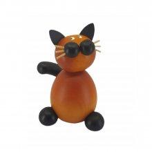 Katze Bommel sitzend