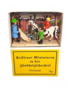 Zündholzschachtel - Pferdestall